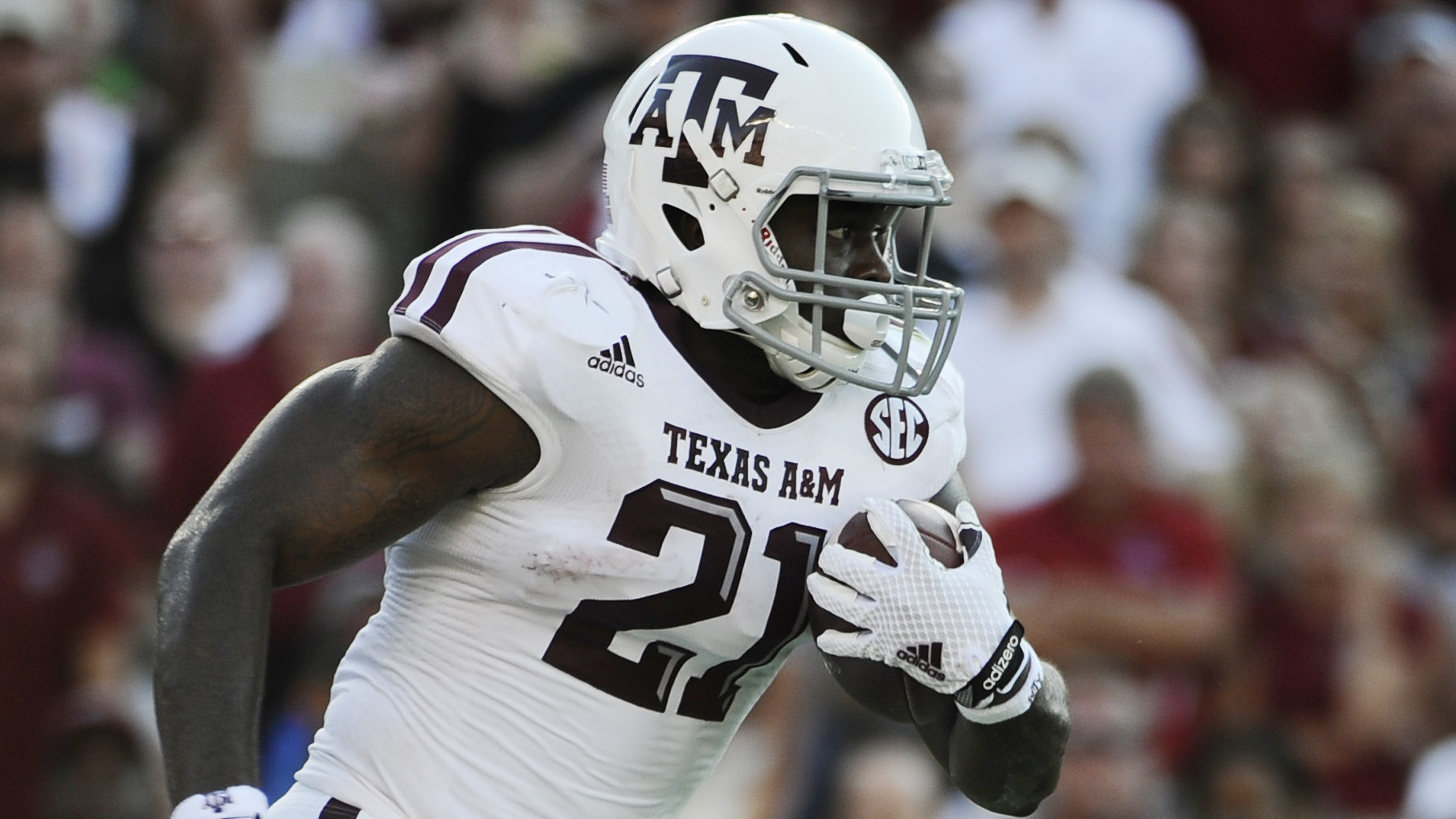 Texas A&M makes big jump to No. 9 in Associated Press Top 25 poll