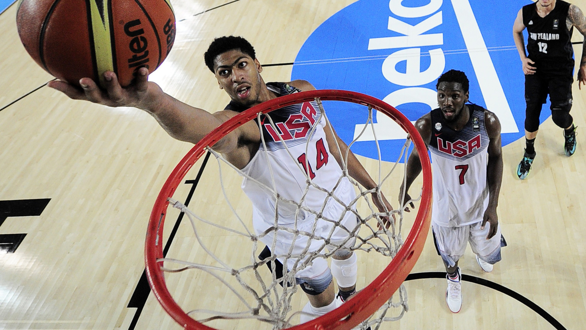 Anthony Davis leads U.S. past New Zealand at Basketball World Cup