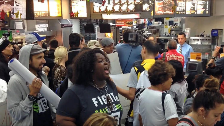 Fast-food workers protest in Los Angeles