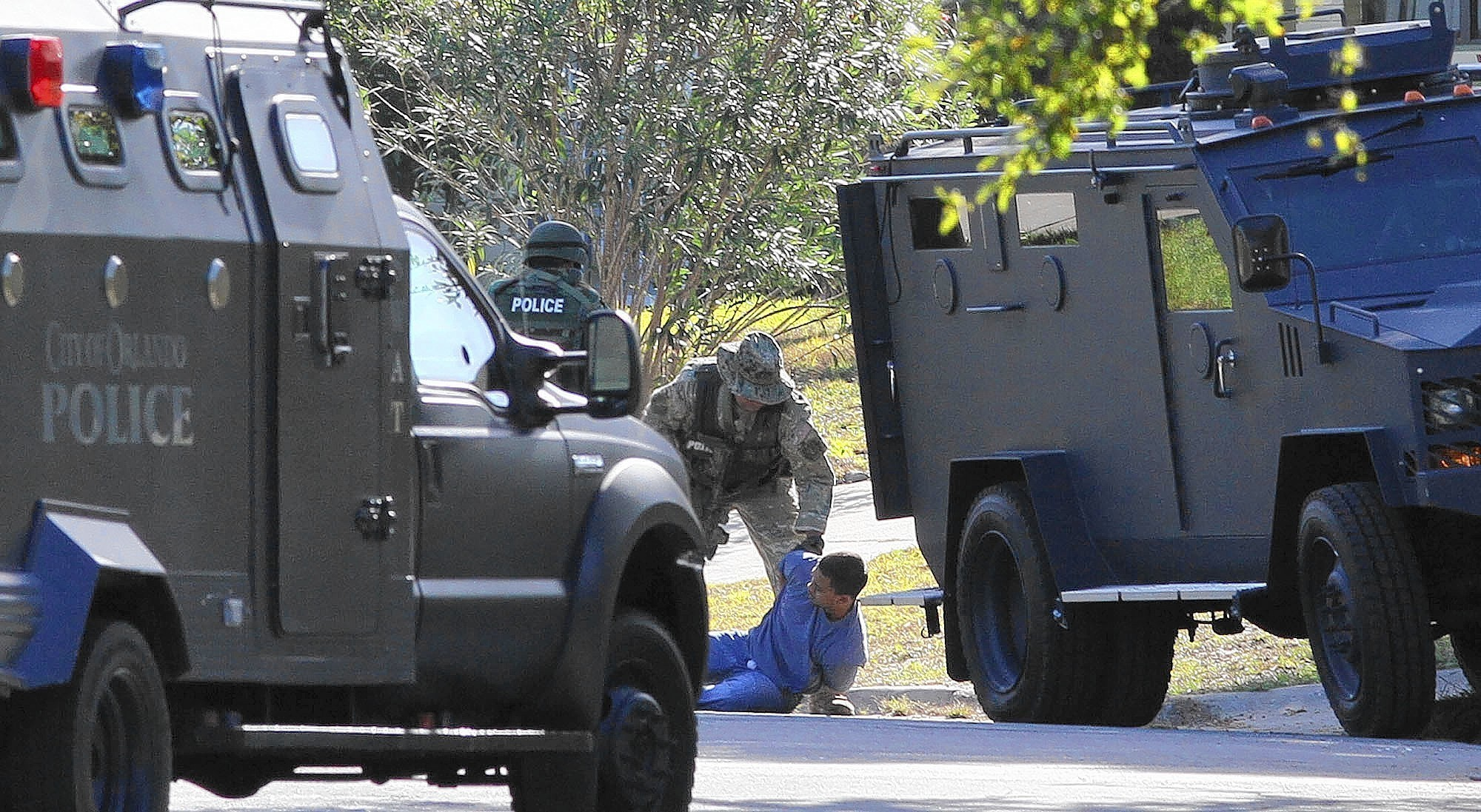 Orlando Police Plan To Buy New 230 000 Armored Personnel Carrier Orlando Sentinel