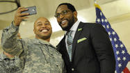 Ray Lewis pays tribute to returning National Guard troops