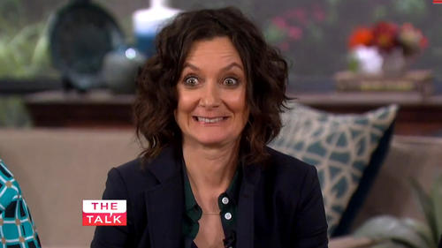 Sara Gilbert father died