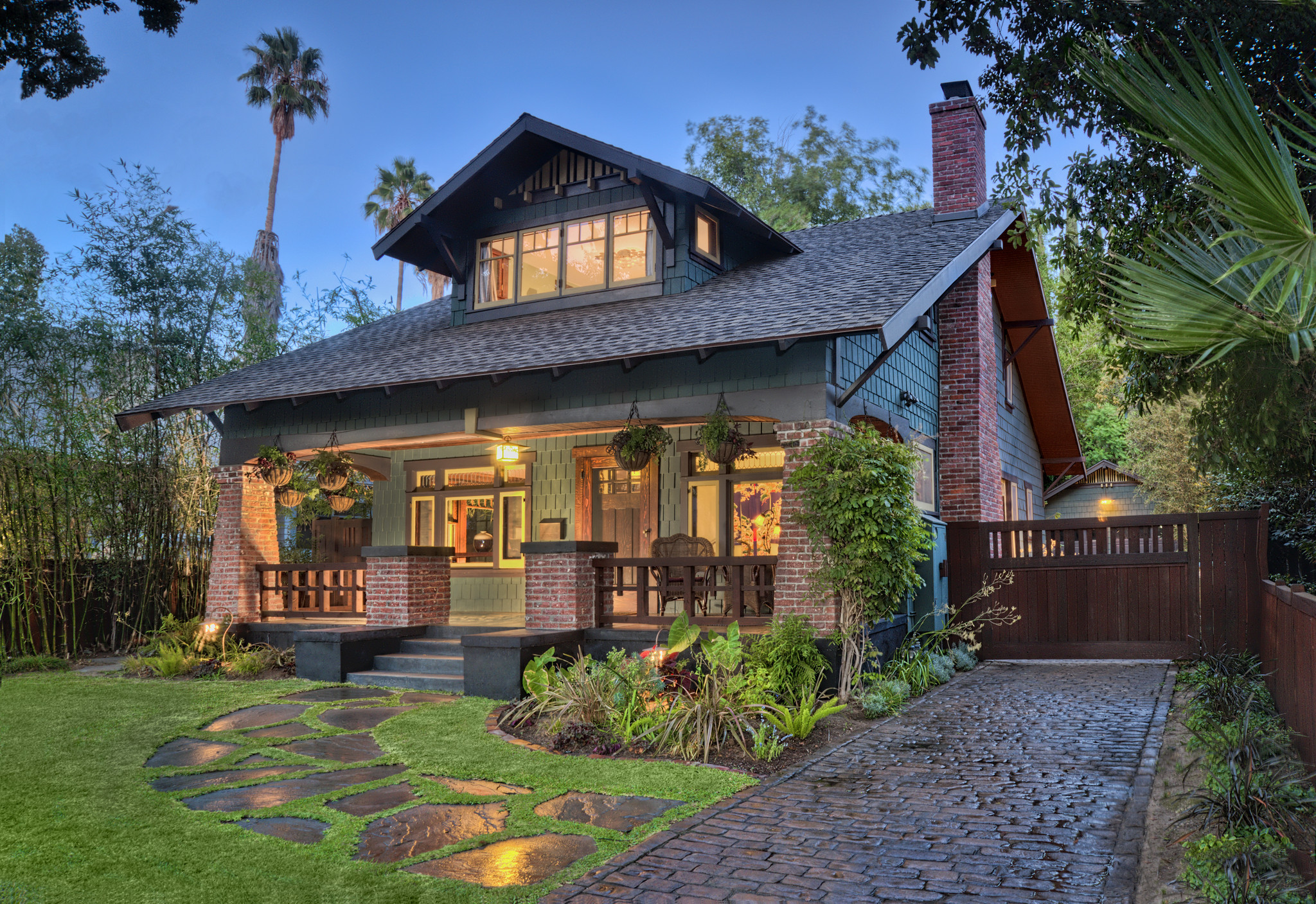 2014 craftsman weekend returns to pasadena la times for Craftsman houses photos
