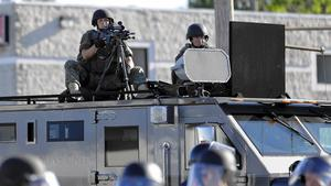 Lawmakers question practice of giving military equipment to police