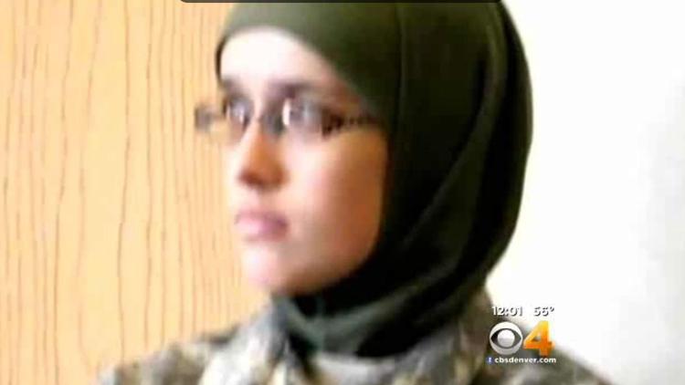 Colorado woman pleads guilty in terror case