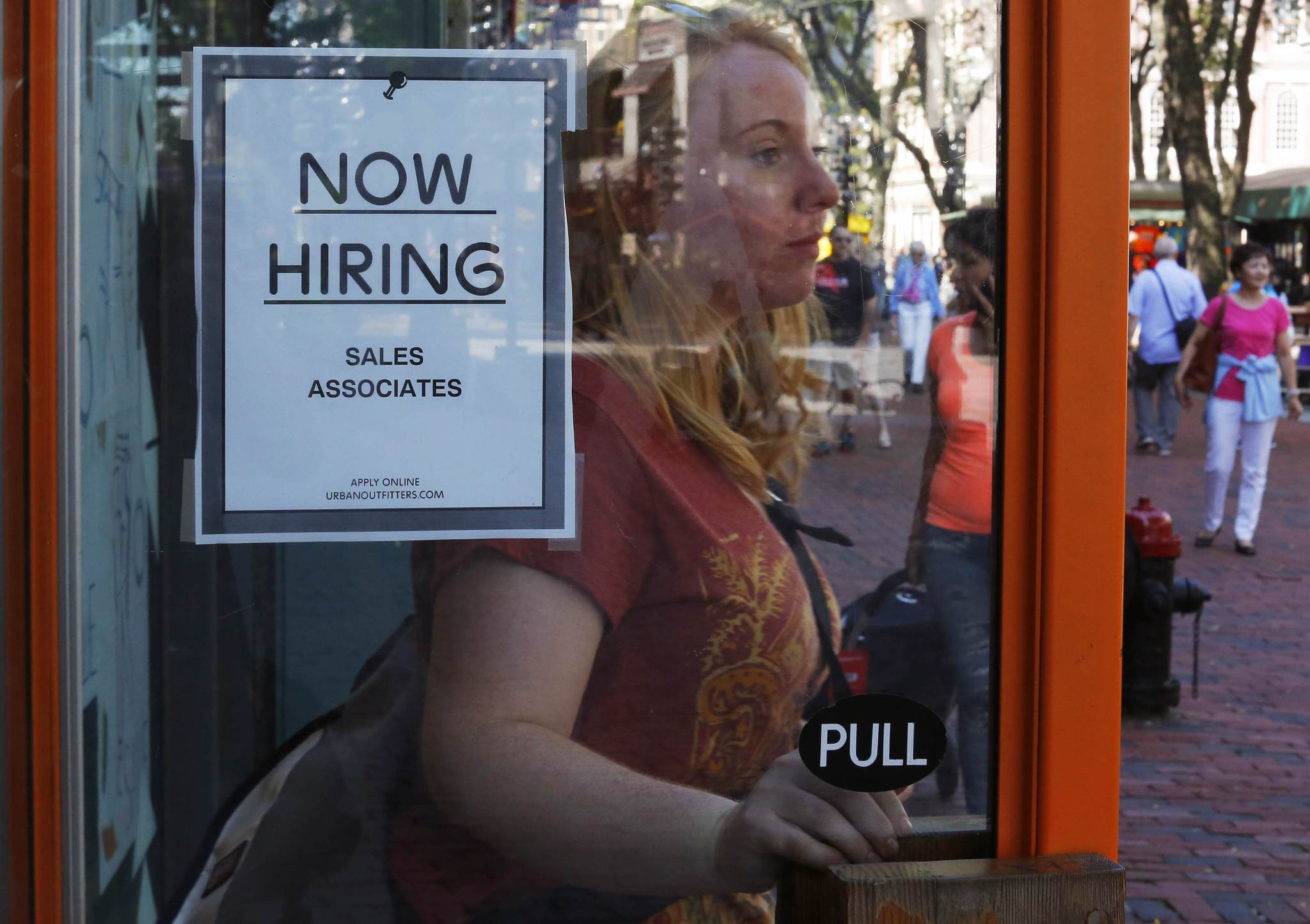 Survey: Only 9% of Chicago firms plan to expand hiring in next 6 months