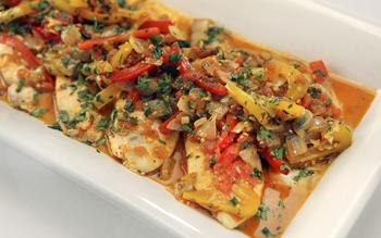 Tilapia with sweet peppers, saffron and garlic
