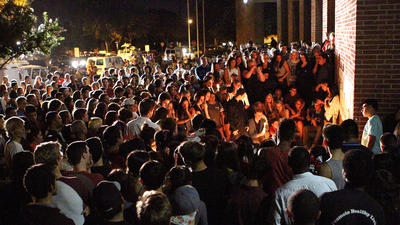 Hundreds attend vigil for Burbank teens