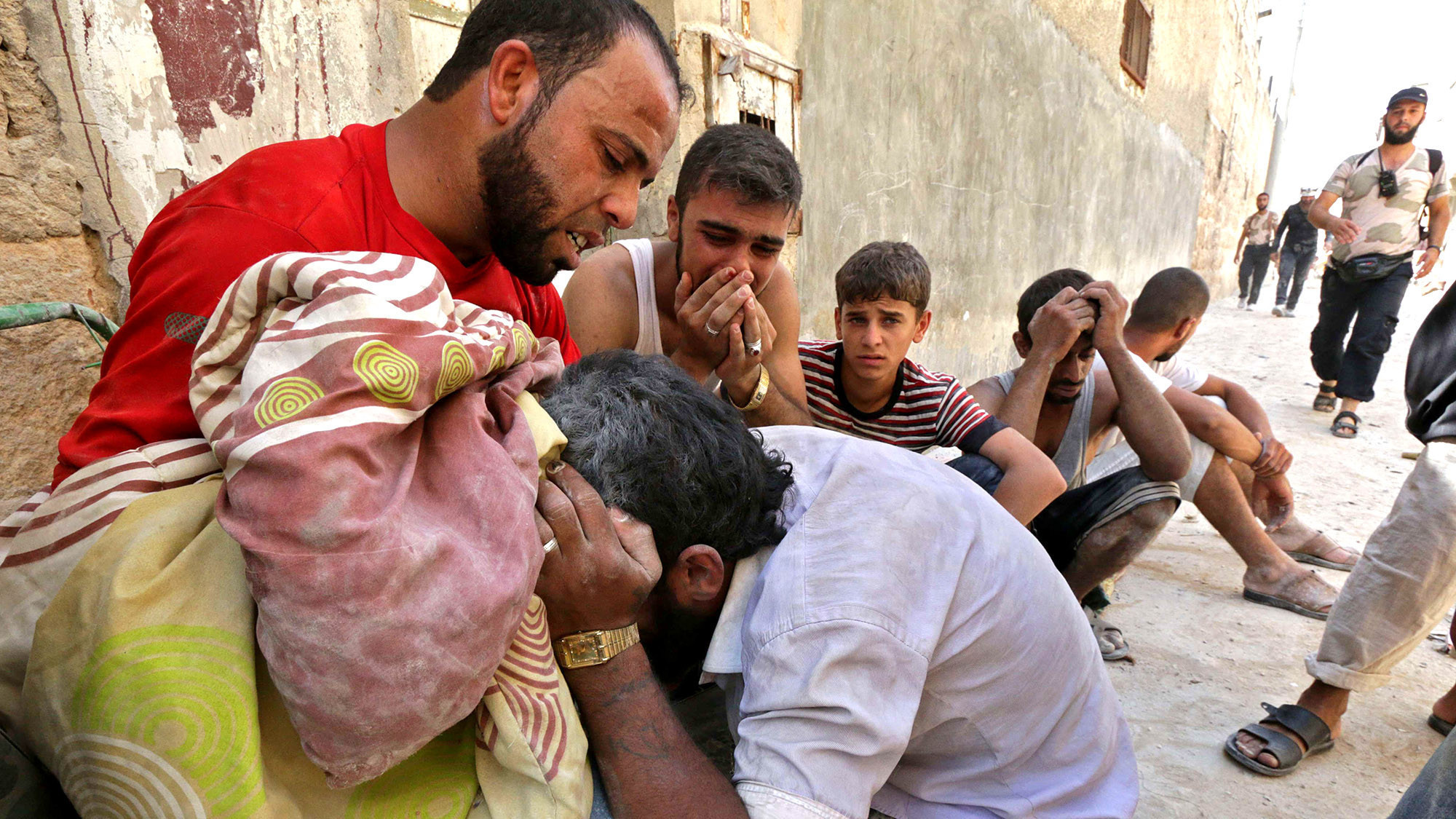 More and more children join Syrian rebels' desperate ranks