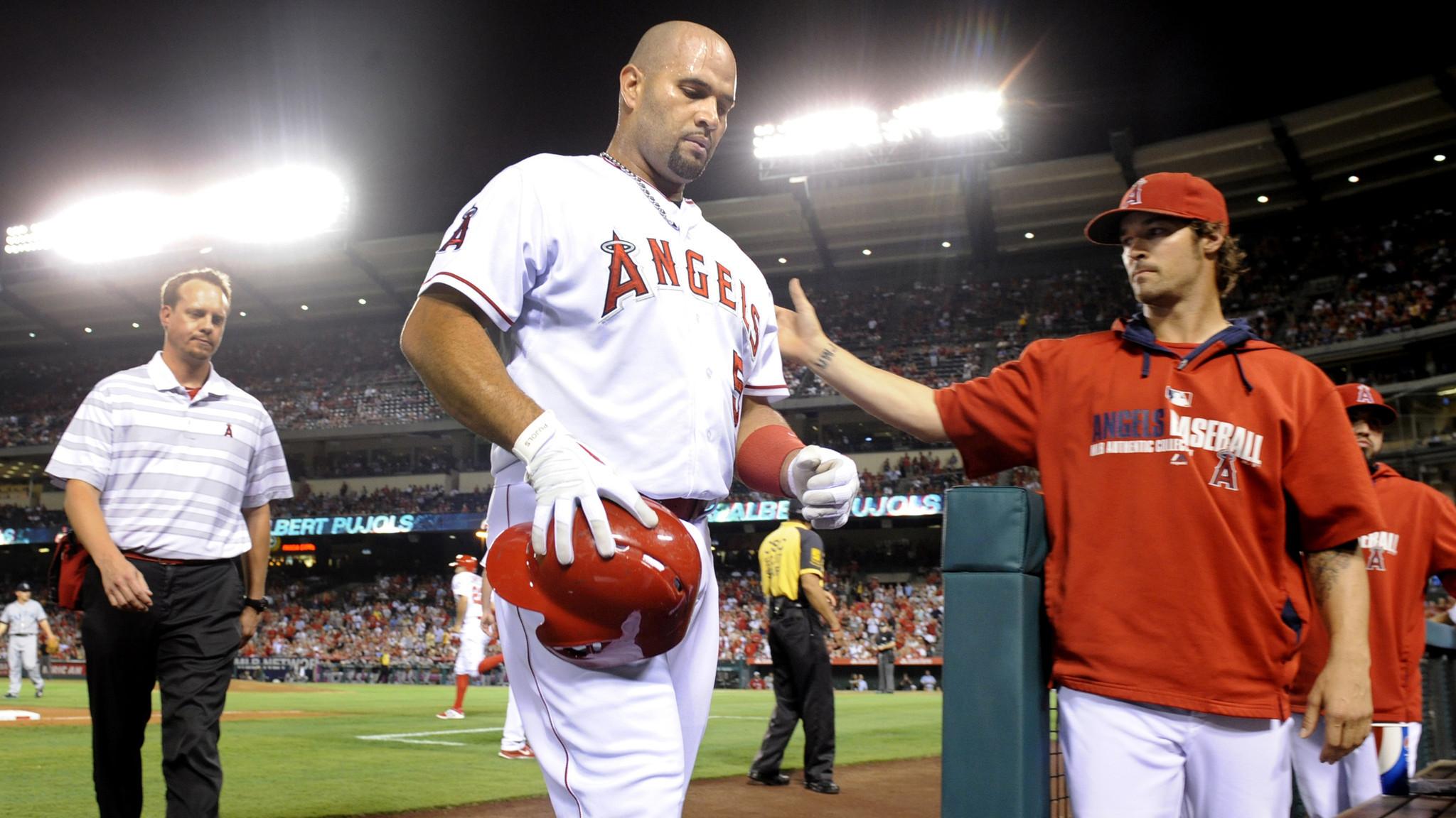Angels slugger Albert Pujols leaves game because of hamstring cramp