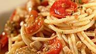 Recipe: Spaghetti with tuna and cherry tomatoes