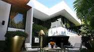 Shulamit Nazarian brings a modern touch to a 1973 A. Quincy Jones home