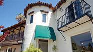 'Weeds' producer Jenji Kohan and her husband list Los Feliz home at $1,597,000