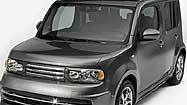 Nissan Cube aims at young buyers from right angle