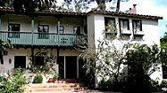 Actor D.W. Moffett sells Beachwood Canyon home