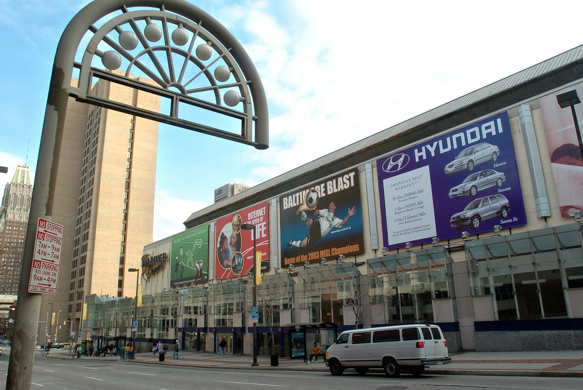 Royal Farms, the Baltimore-based chain of convenience stores known for its fried chicken, has agreed to pay $250,000 per year for five years to name the 14,000-seat arena the Royal Farms Arena.
