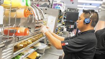 McDonald's slump no easy fix; experts say focus on food, branding