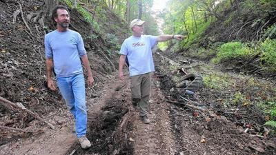 Nature trail connecting Watkins Park to Main Street nearing completion