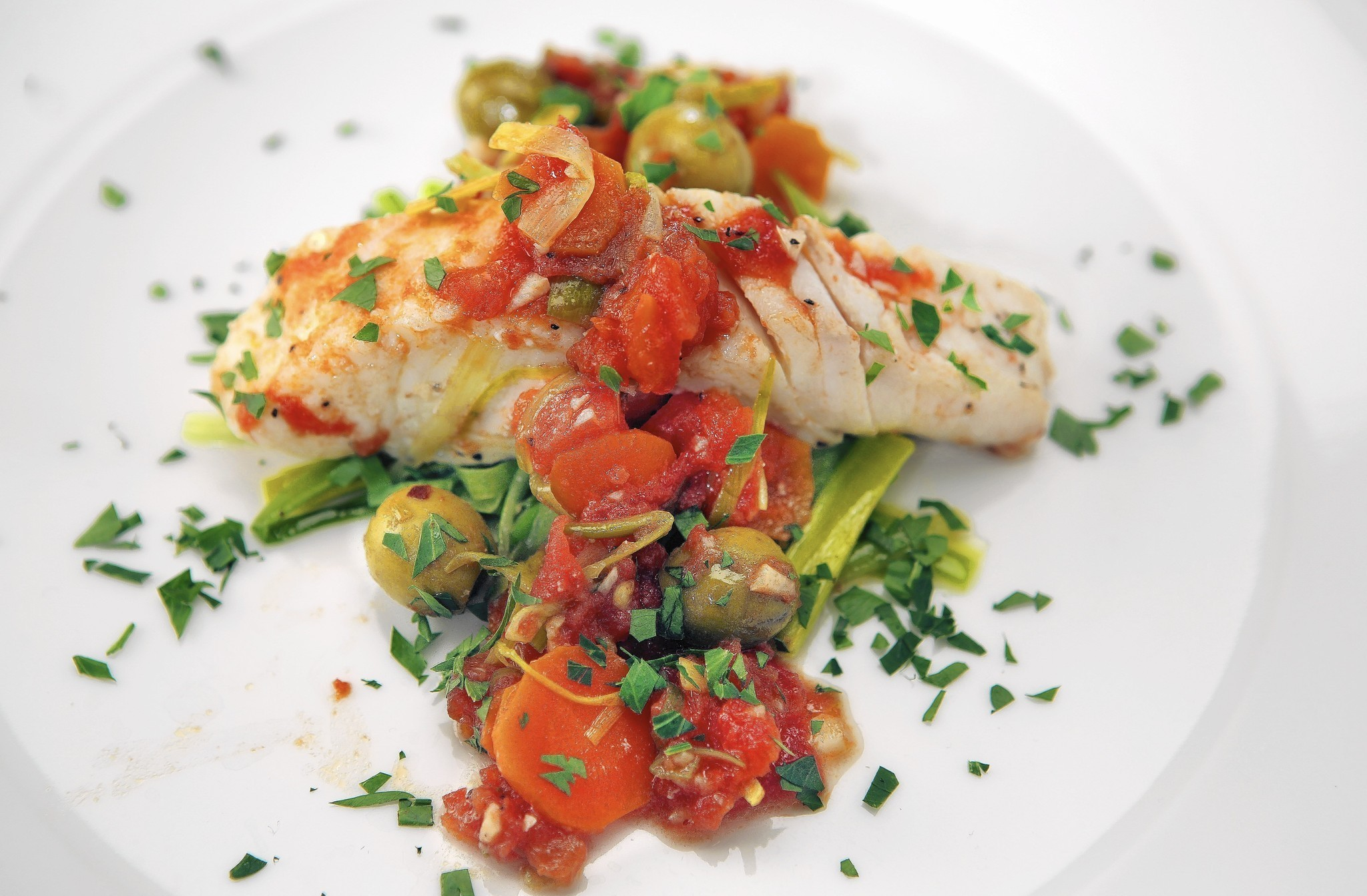Fish dishes lend meaning to the rosh hashanah table la times for Jewish fish dish