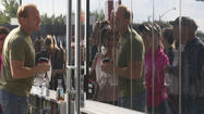 iPhone 6 goes on sale; Peninsula customers line up to get them