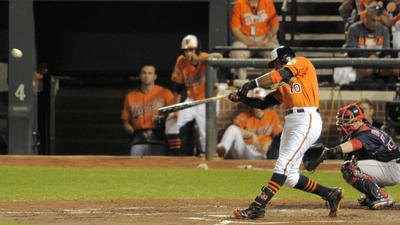 Adam Jones hits two homers to lead Orioles to 7-2 win over Red Sox