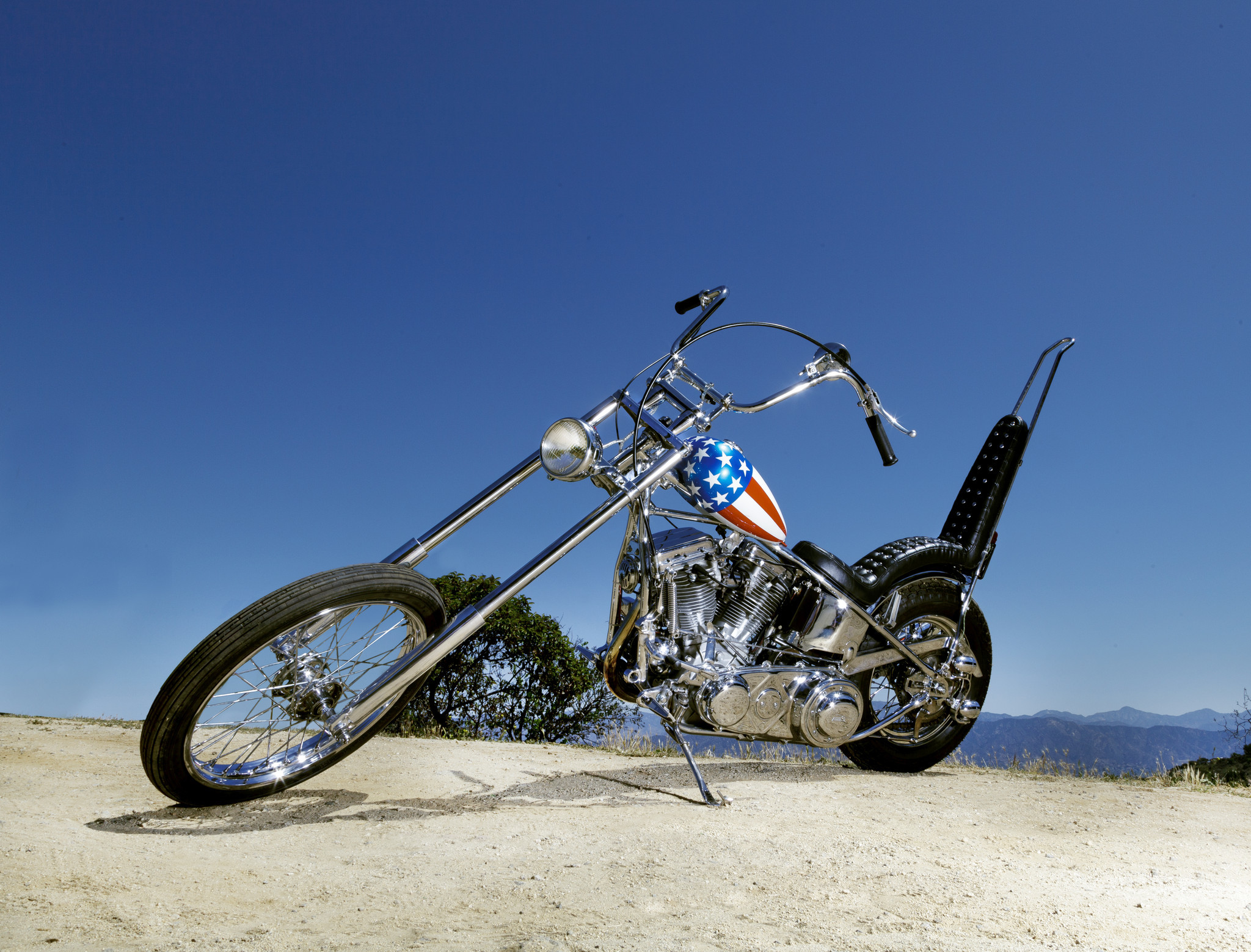 Easy Rider S Captain America Motorcycle Headed To Auction La