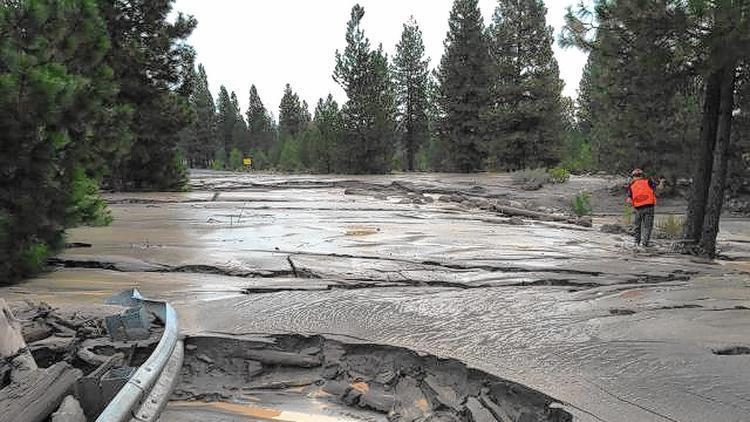 Forest Service thinks California's drought caused a massive mudslide