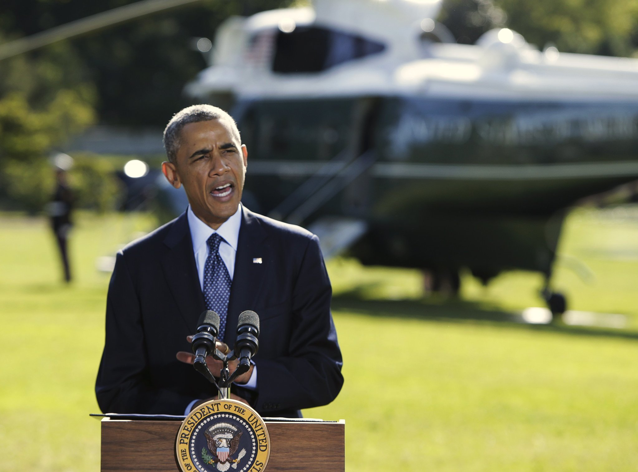 President Obama vows continued strikes against extremists in Syria