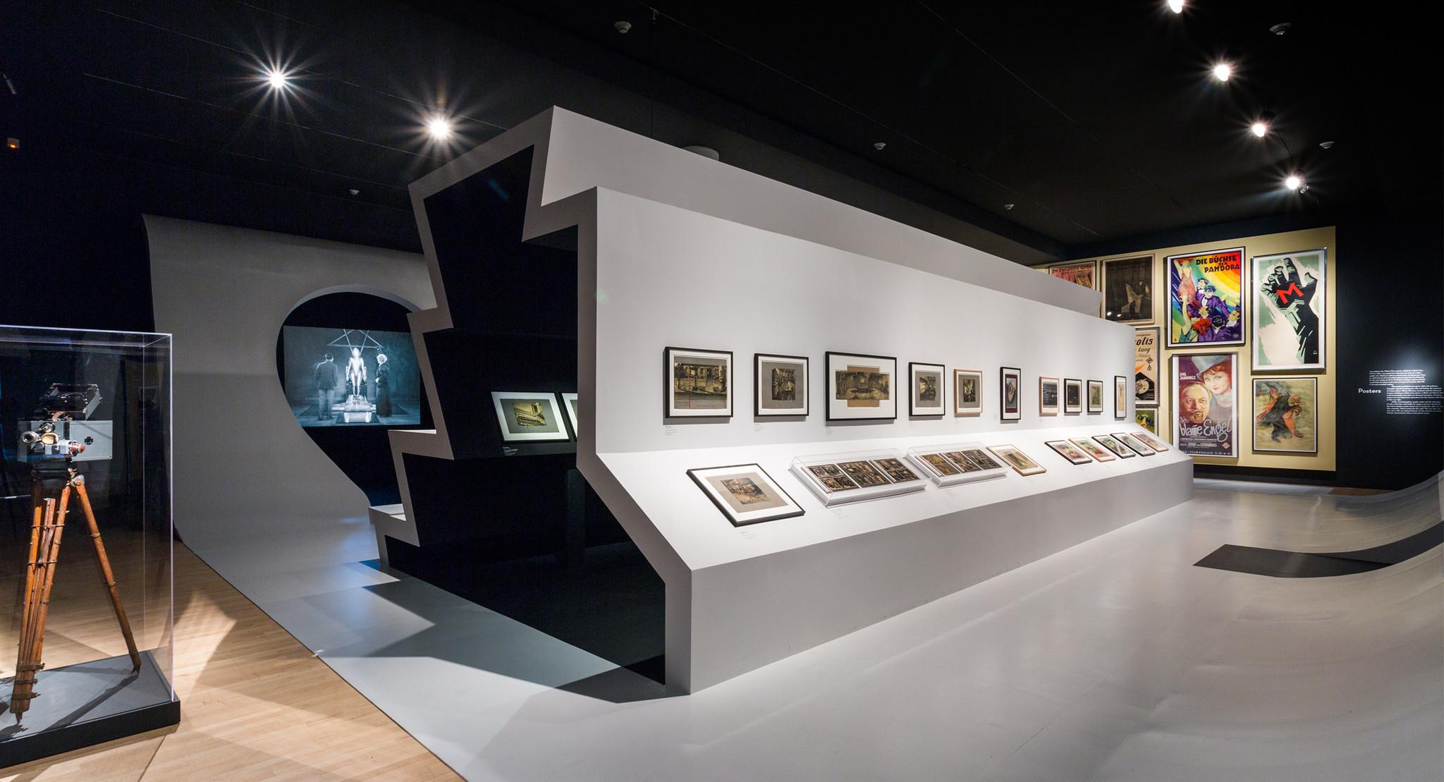 Wild architecture makes german cinema come alive at lacma for Design museum frankfurt
