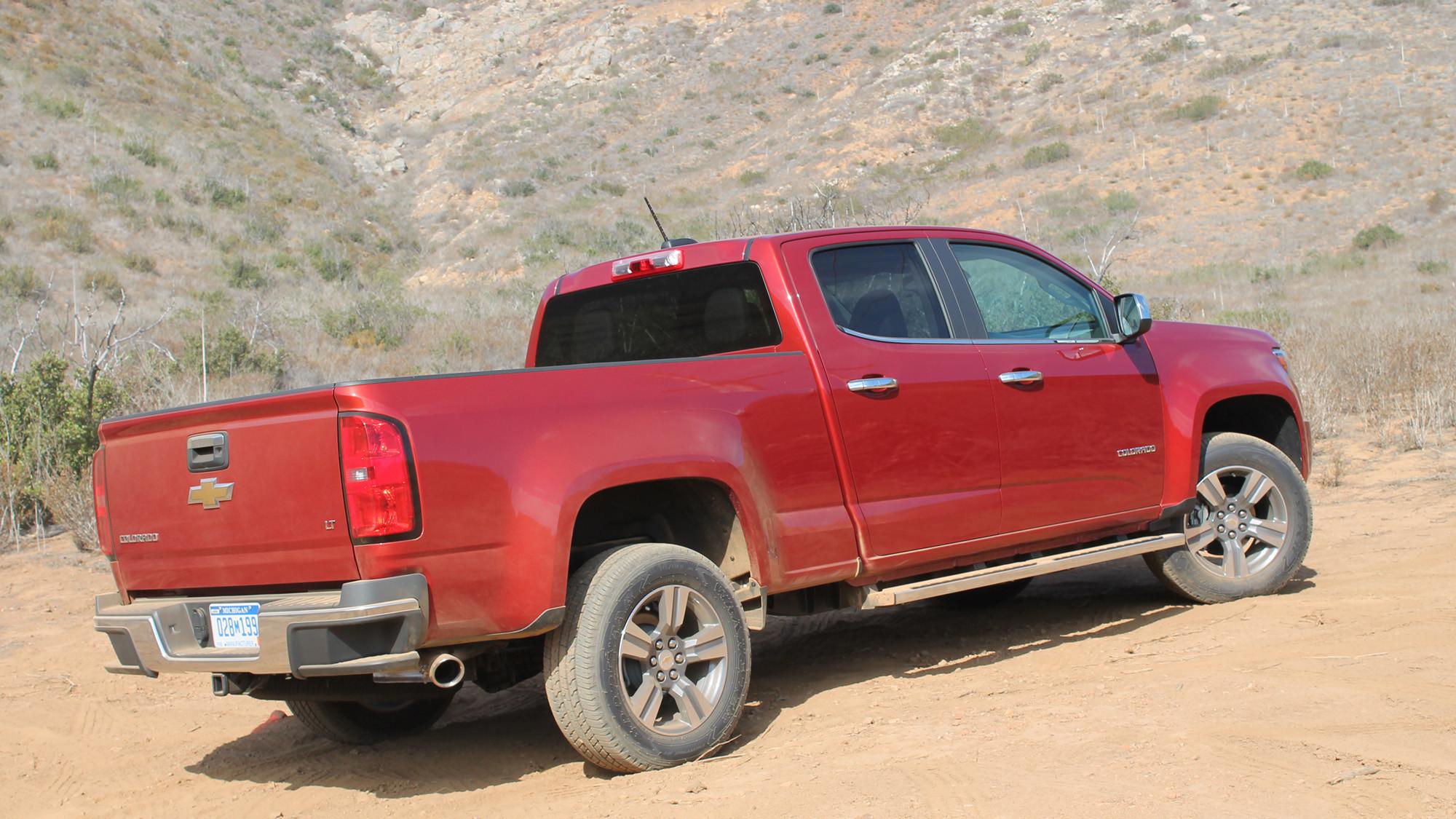 Review all new chevy colorado gmc canyon add vigor to mid size truck segment la times