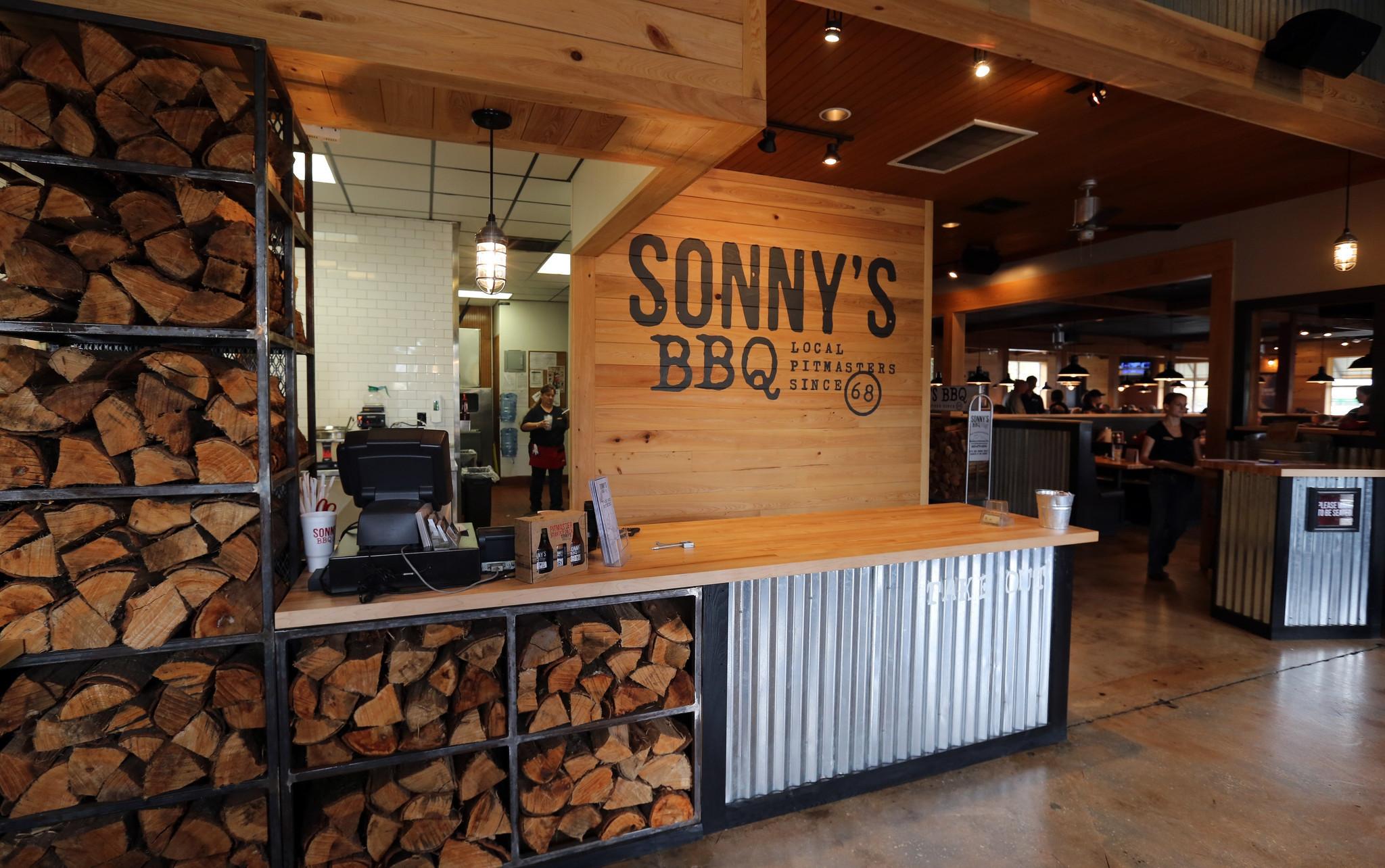 Pictures: Sonny\'s BBQ restaurant - Orlando Sentinel