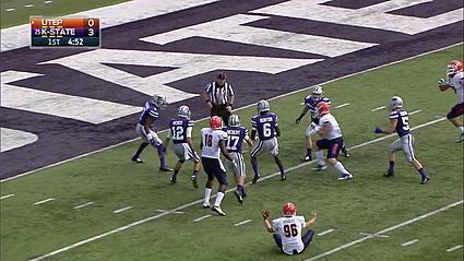 Highlight: Refs botch blocked punt, take 12 minutes to 'fix' call [Video]