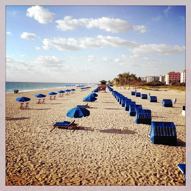 A view of the Oceanside Beach Service setup on Riviera Beach. The service now offers rentals on Boca's beaches.