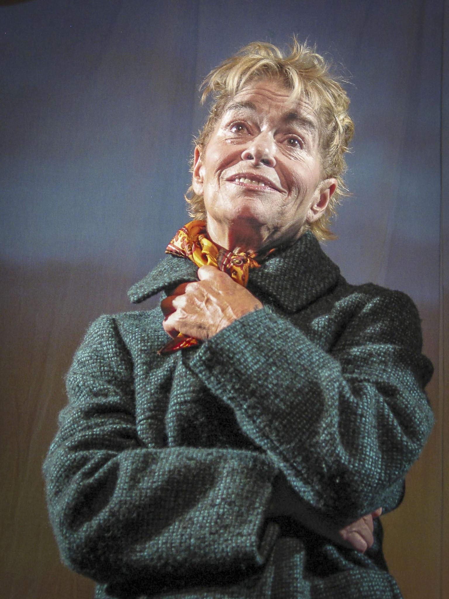 Binnie Ritchie Holum