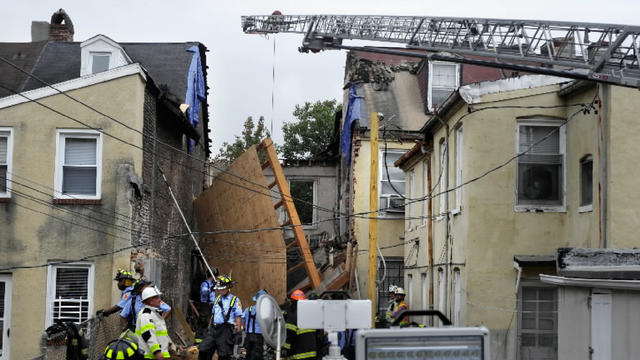 Building collapse on S. Paca Street [Video]