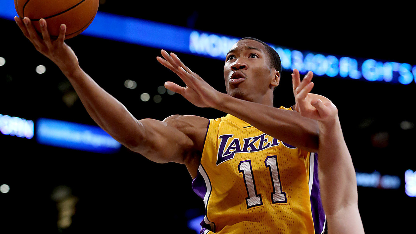 Lakers' Wesley Johnson staying quiet about Kobe Bryant's condition