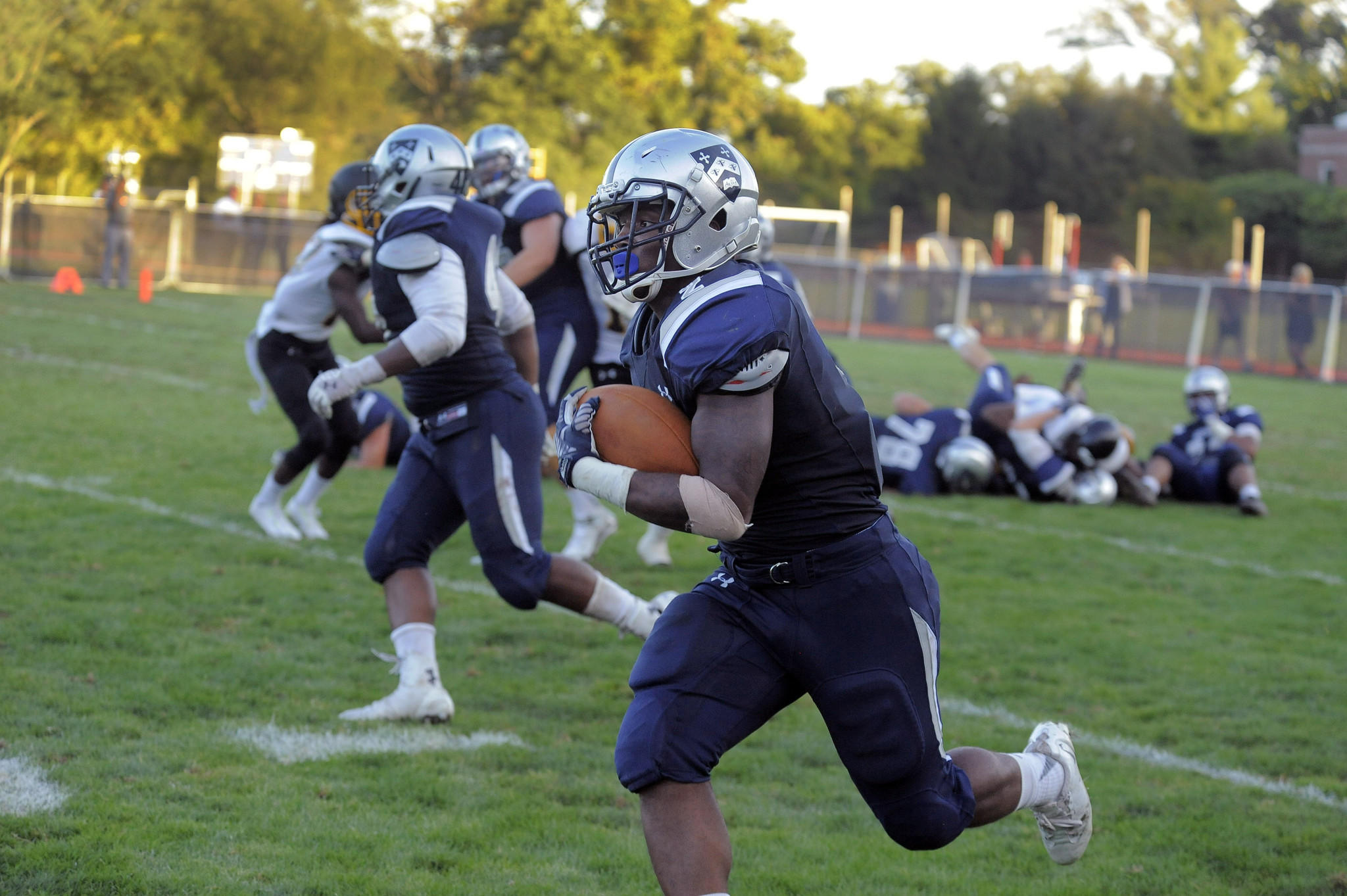 Gilman's Antonio Dupree runs against the St. Frances Panthers.