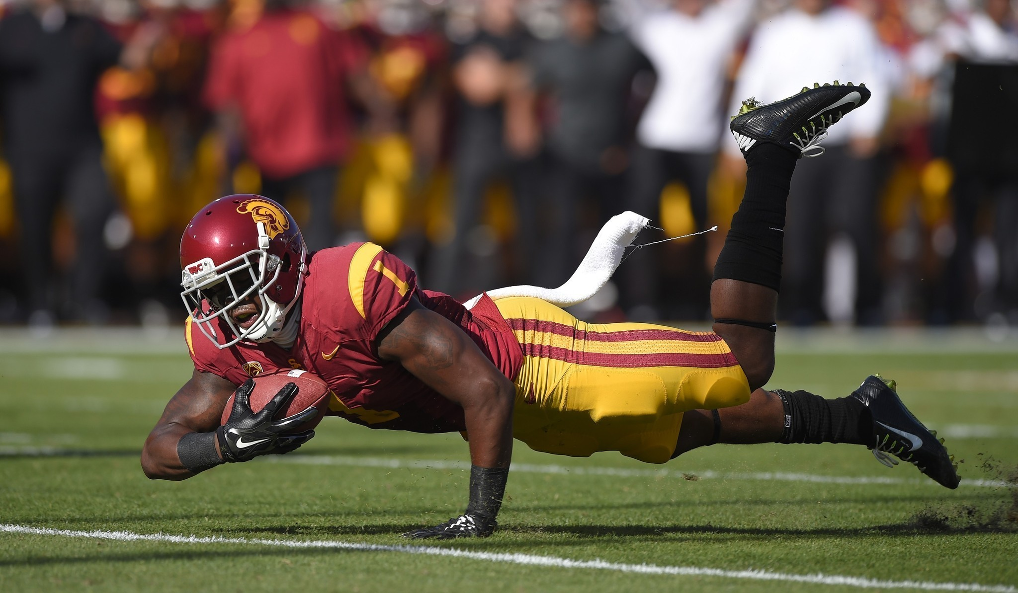 USC football summer workouts voluntary, but it doesn't feel that way
