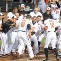 Davis' pinch-hit HR gives Orioles a walk-off win