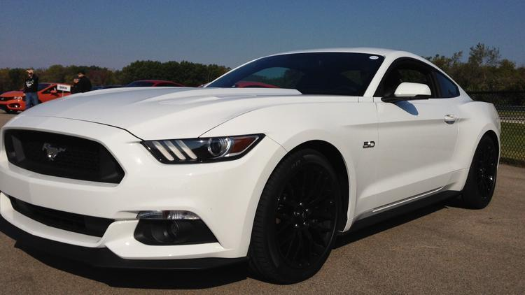 ford mustang celebrates 50 years with 2015 model chicago tribune. Black Bedroom Furniture Sets. Home Design Ideas