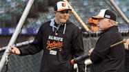 Machado returns to cheer on teammates