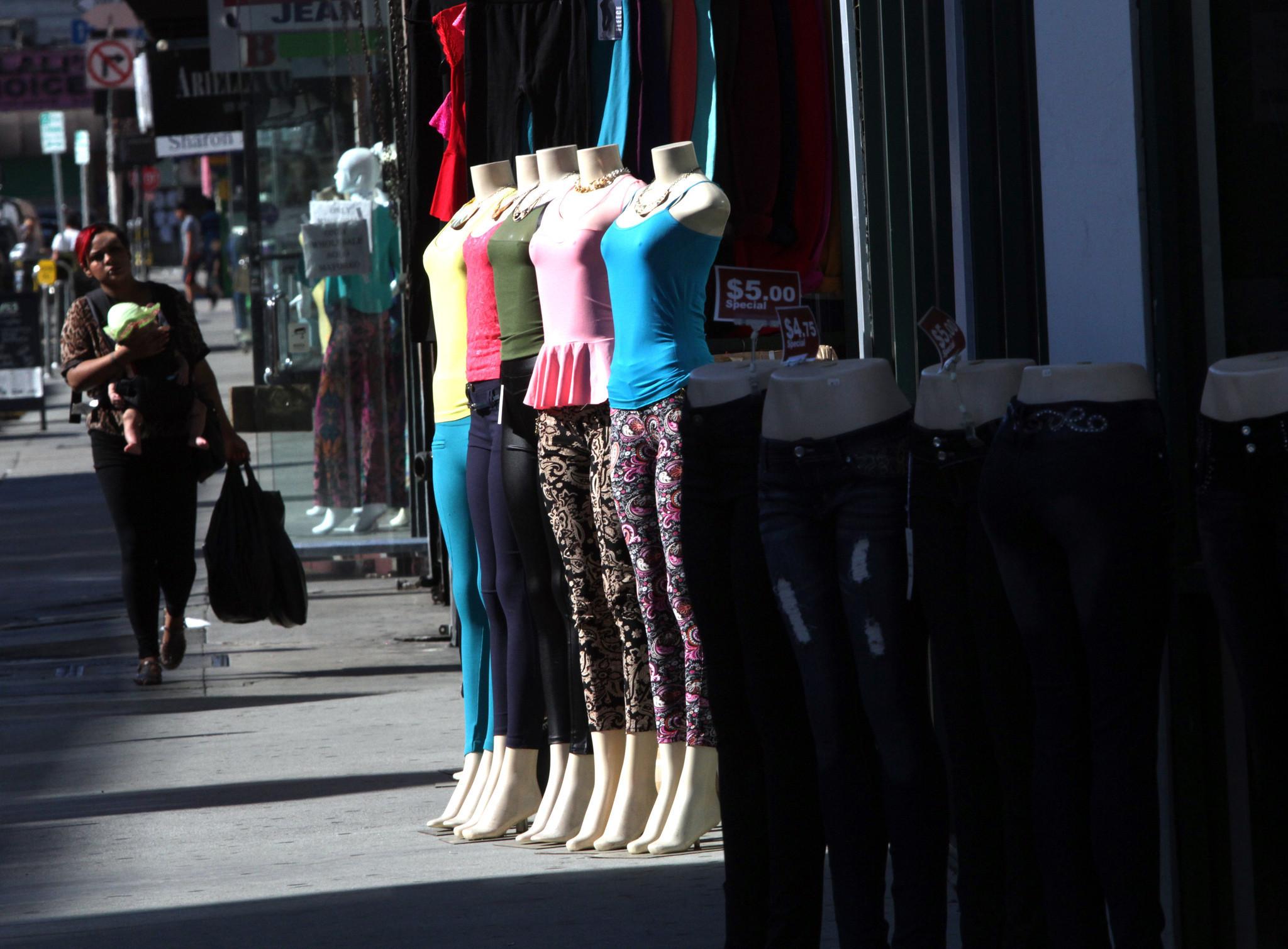 La la fashion district - Fashion District Crackdown Strict Cash Reporting Ordered After Raids La Times