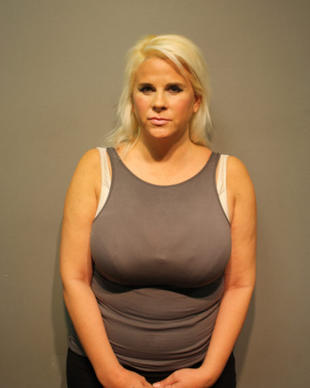 "Sarah Michelle Sobieski, 42, of Arlington Heights, allegedly listed a foreclosed condo online last summer. After a man wired her $17,580 from his bank to pay for the apartment, Sobieski never gave him access to it, according to police records. <a href=""http://www.redeyechicago.com/news/local/redeye-woman-accused-of-west-loop-apartment-scam-20141001,0,6017594.story"" target=""_blank"">Read the full story here.</a>"