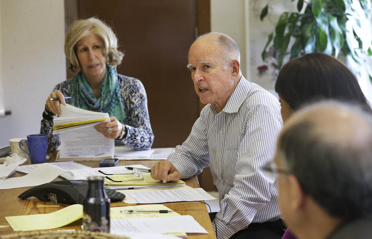 Nancy McFadden and Gov. Jerry Brown in the governor's office. (Rich Pedroncelli / Associated Press)
