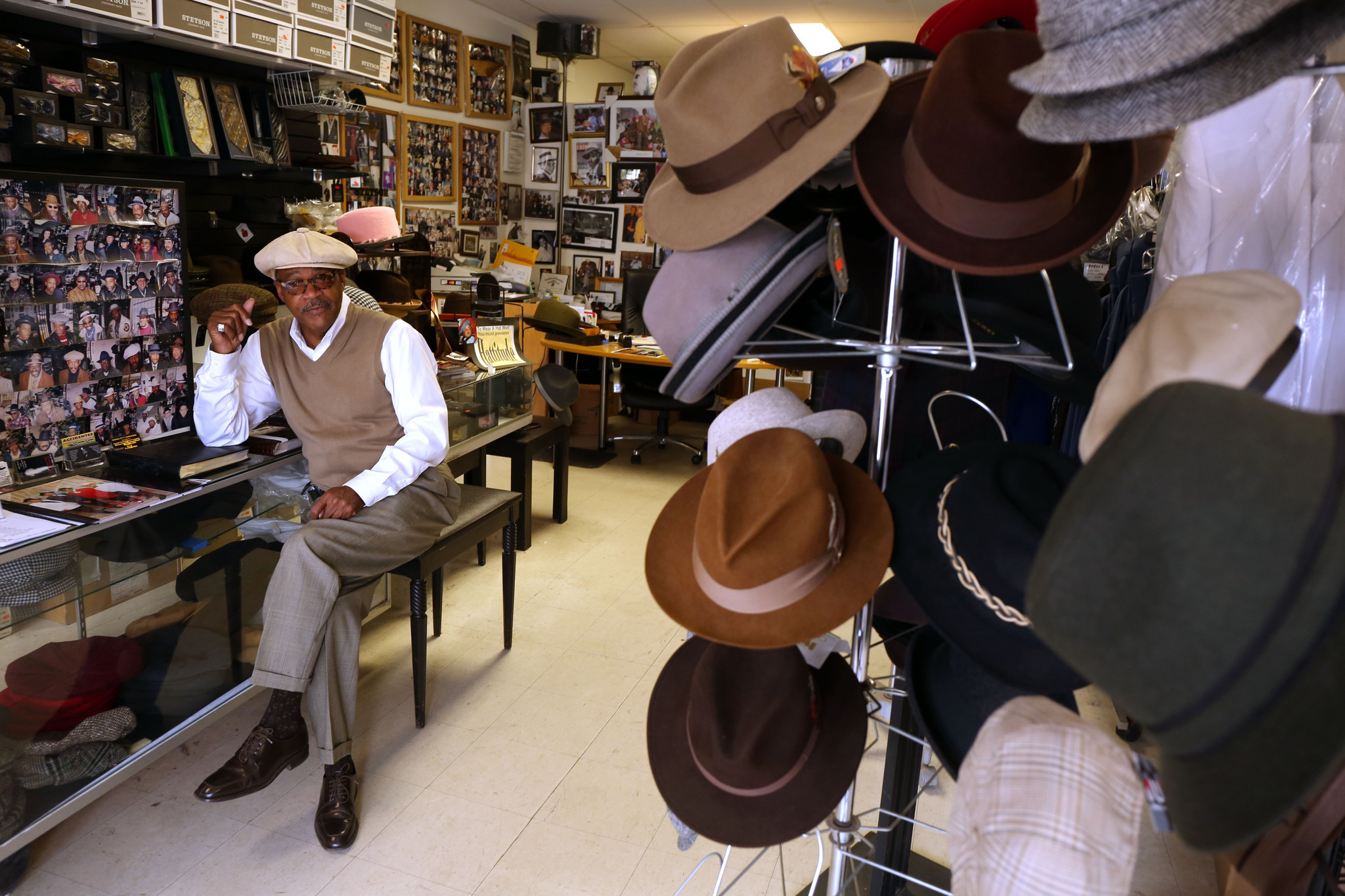 South Side hat shop a throwback gem - Chicago Tribune 0fc1f16dcac