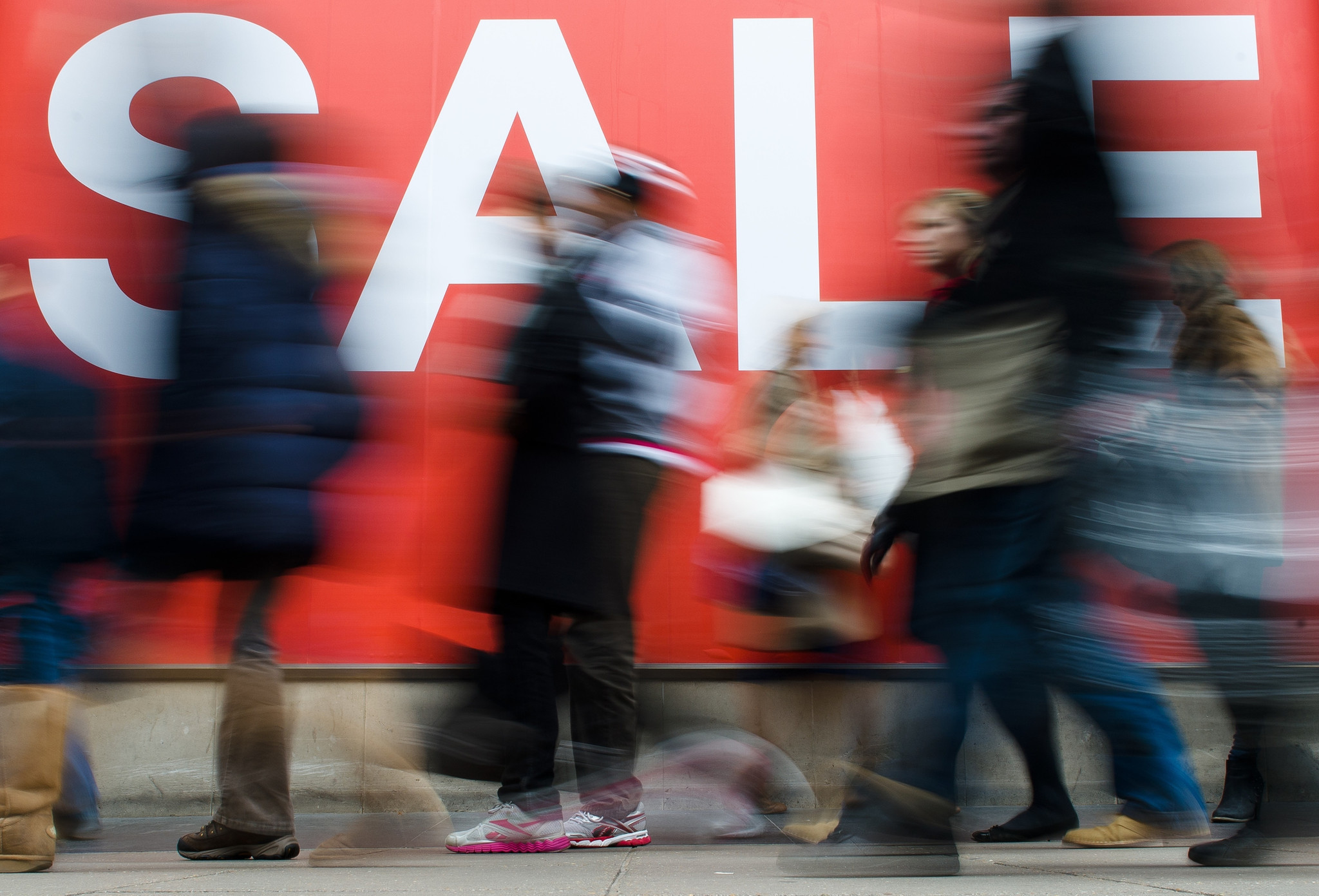 Holiday sales forecast is a mixed bag