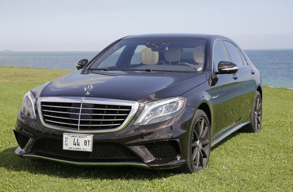 Auto Review: 2014 Mercedes Benz S63 AMG 4Matic Sedan Gives Royal Treatment    Chicago Tribune
