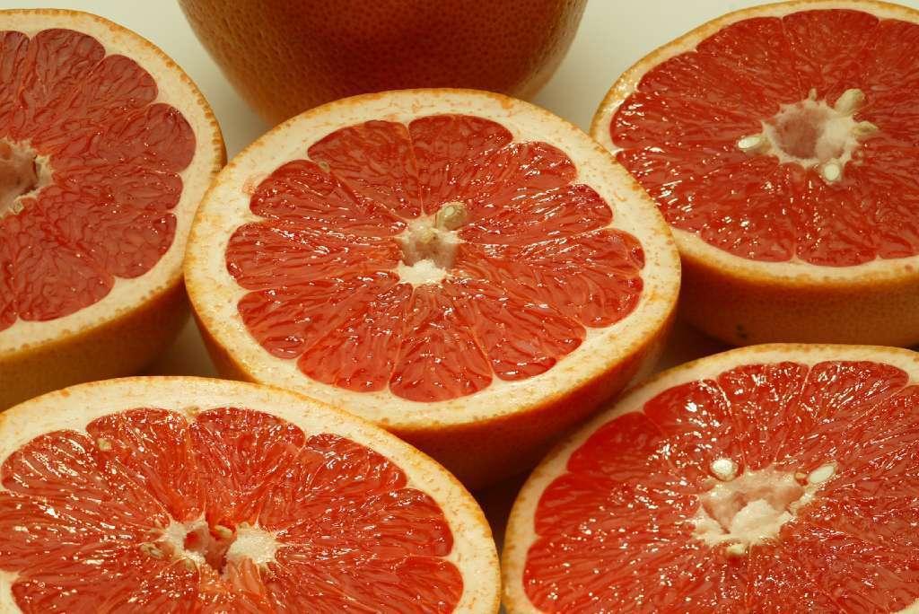 Slim down with grapefruit juice? Berkeley study adds ...
