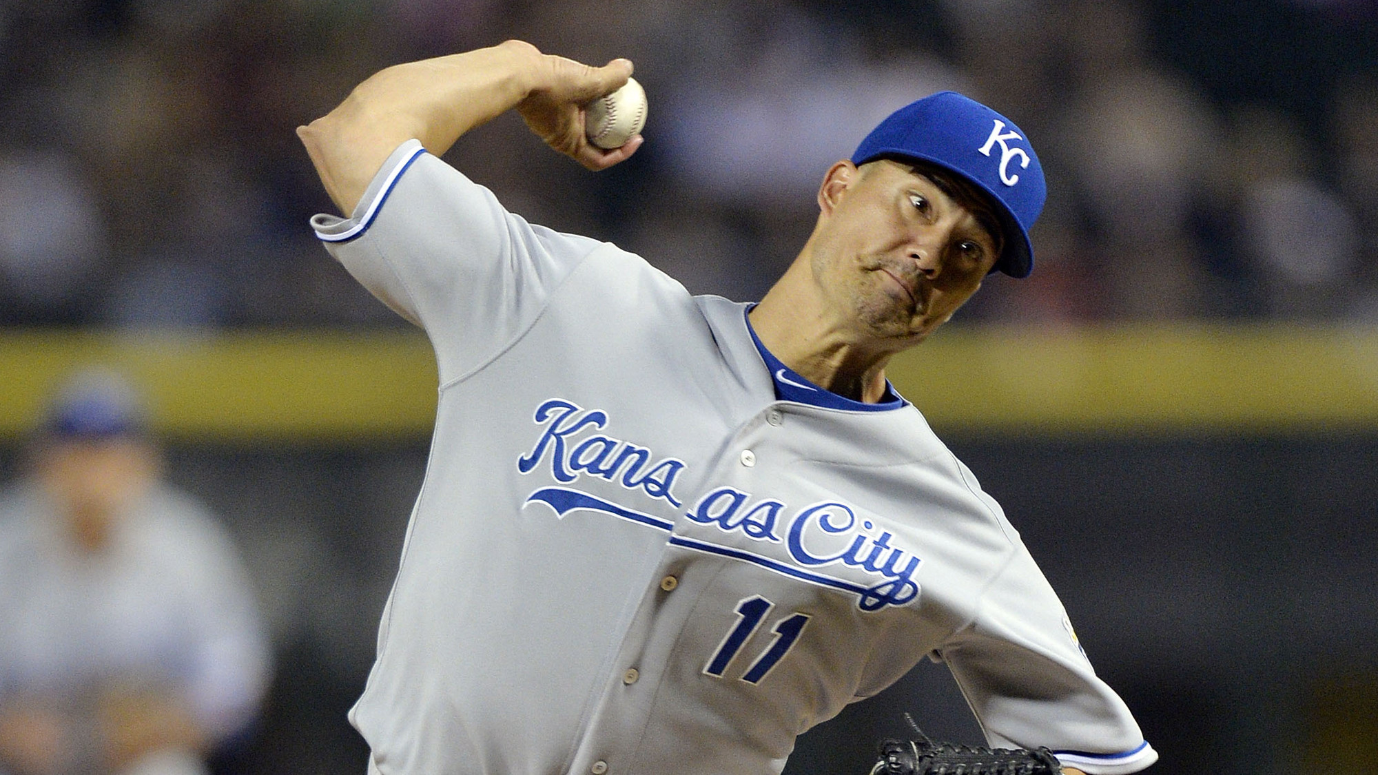 Royals' Jeremy Guthrie prepares to face the Orioles in ...