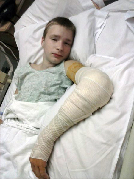 Online Car Parts >> Mom of injured teen turns to social media for help - Chicago Tribune